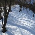 峰山への雪山ハイクの急登